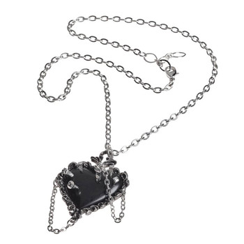 P855 - Witches Heart Pendant chain view