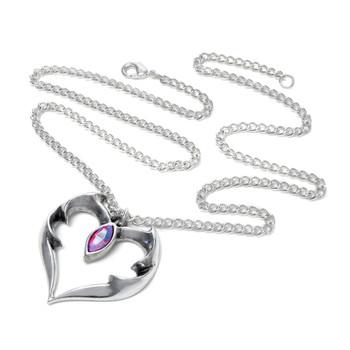 P900 Bat Heart Pendant Necklace chain view