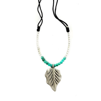 Alloy leaf and turquoise Howlite beaded adjustable necklace.