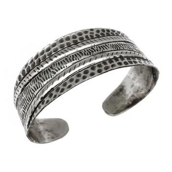 Kashi Thick Stripes Embossed Bracelet