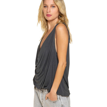 POL Clothing Plunging Twist Tank Top side view