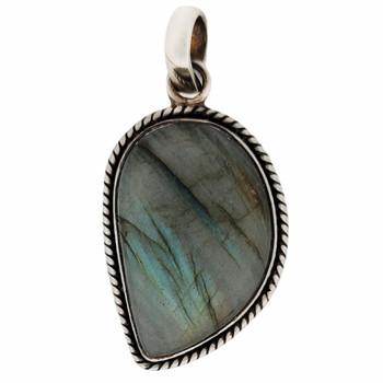 Sterling silver Labradorite pendant.