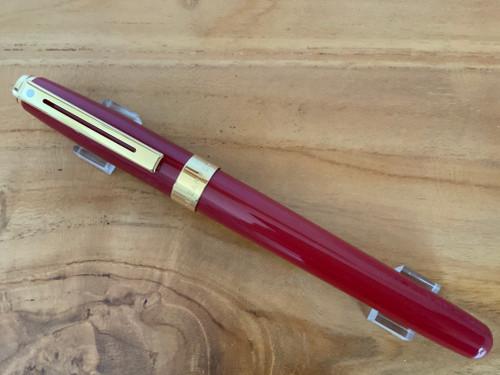 Prelude 9176 Signature Collection - Red Laque GT 14K Nib Fountain Pen - Medium Nib