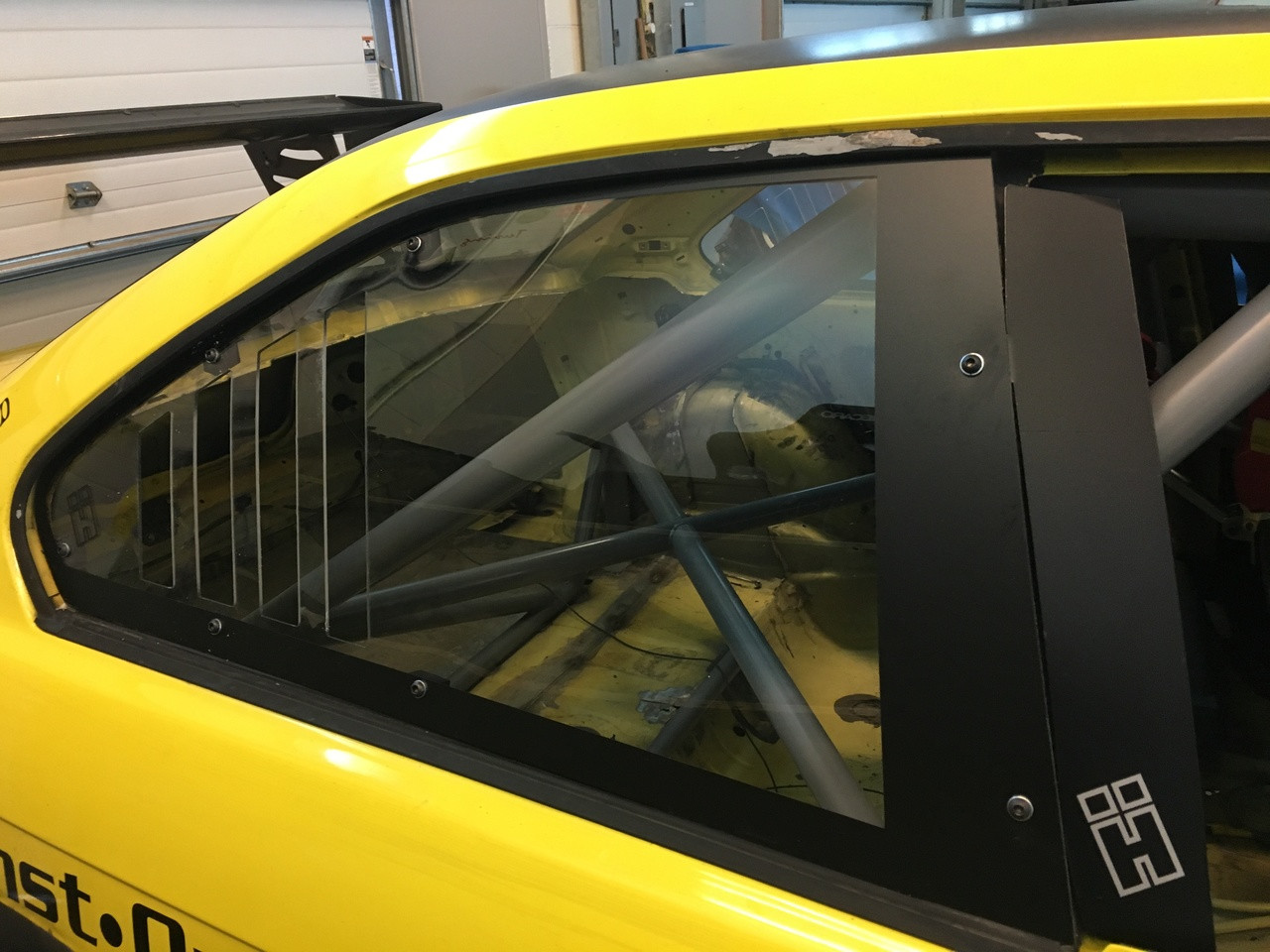 HARD Motorsport B-Pillar Wind Deflectors - PAIR - BMW E36