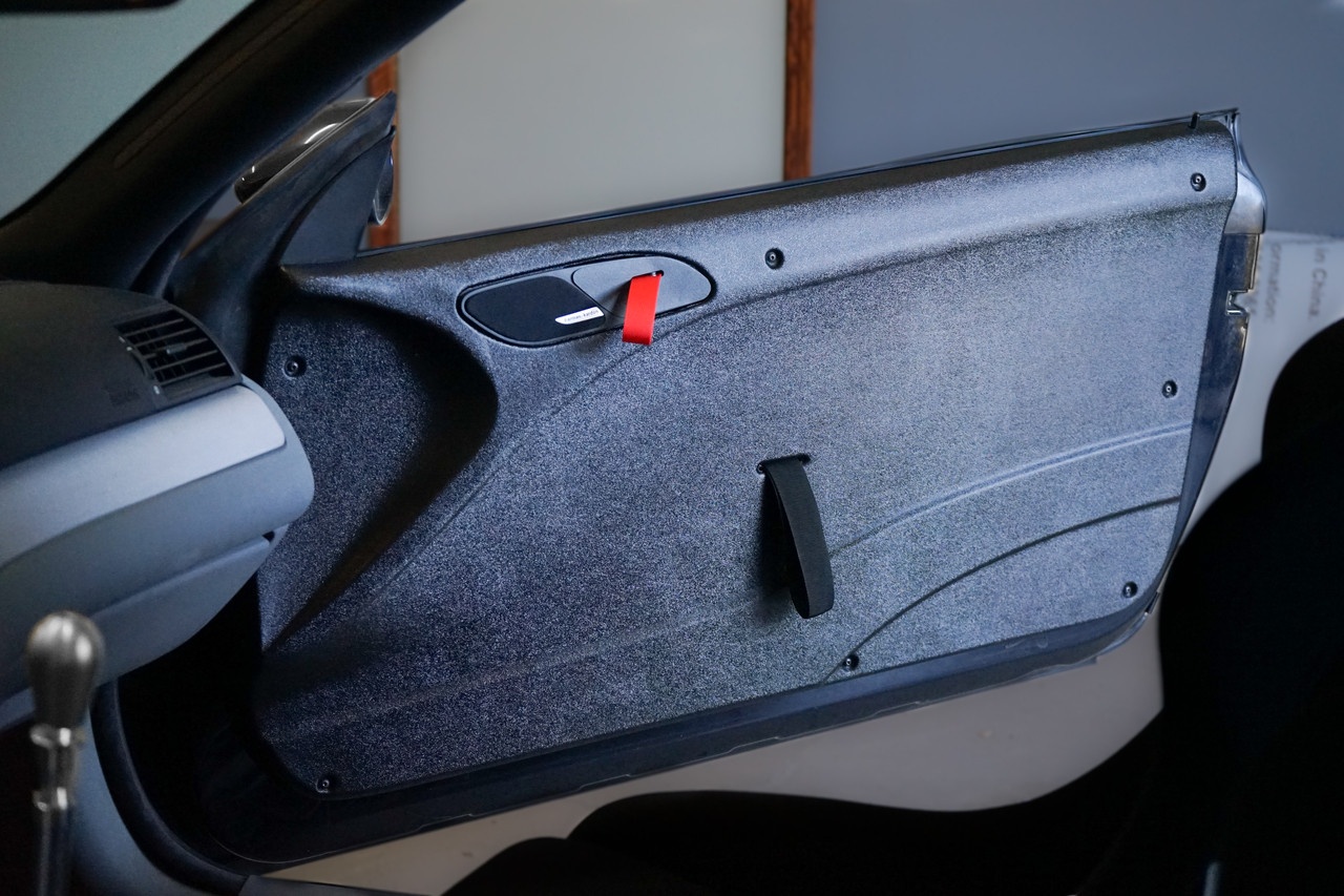 HARD Motorsport thermoformed left and right Door Panel set, including mounting hardware and door pull strap for BMW E46 Coupe