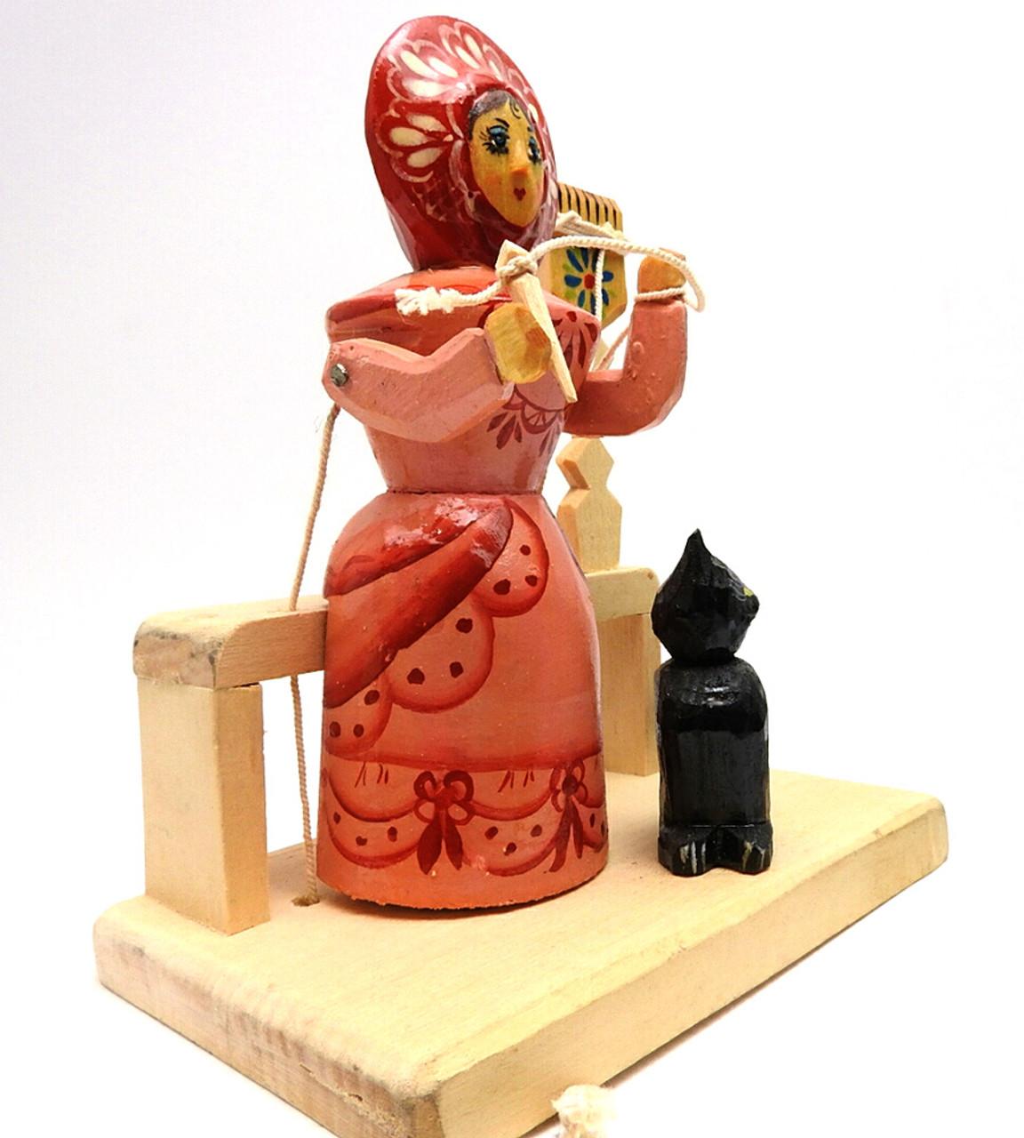 Bogorodsk Woman Spinning Figure