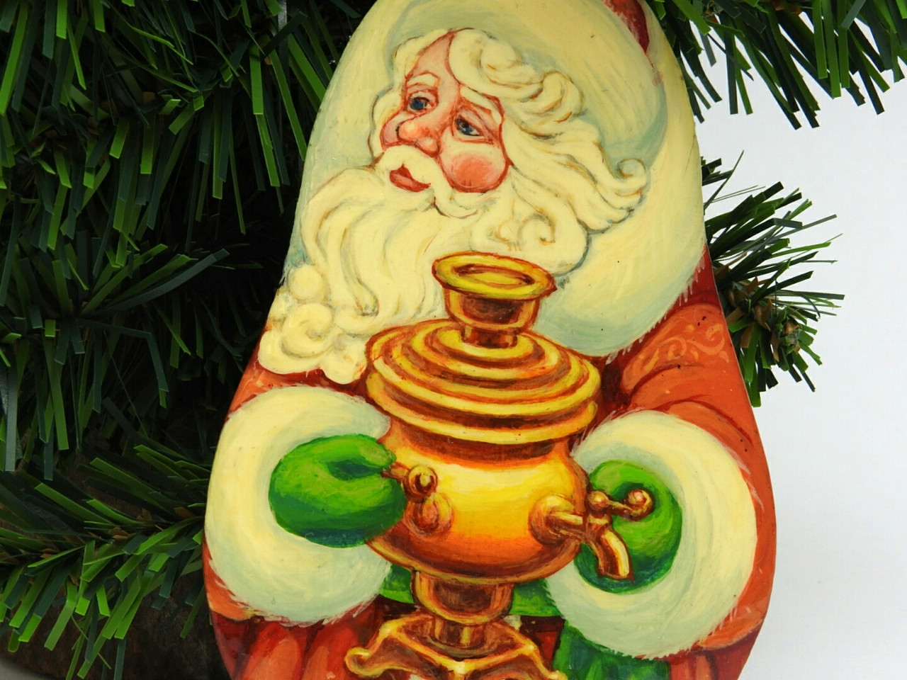 Russian Painted Christmas Ornament *Santa with Samovar