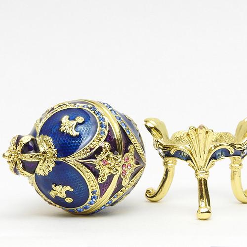 "Mini Royal Blue Egg Box with Crown [2½""]"