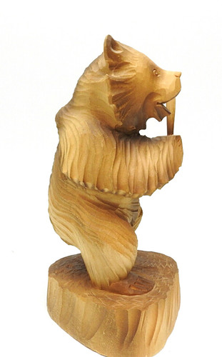 Bear with a Bat (Медведь с битой ) side view