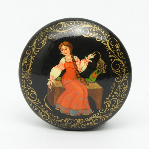 Russian Lacquer Hand Painted Brooch