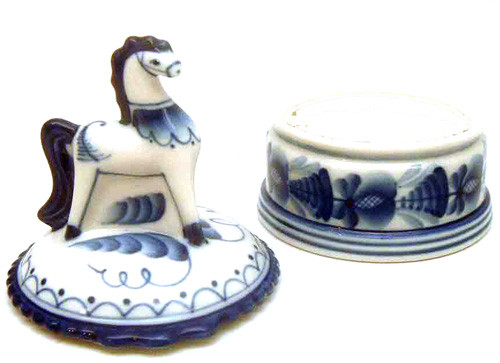 Carousel Horse Box