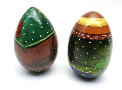 Comical Couple Easter Eggs
