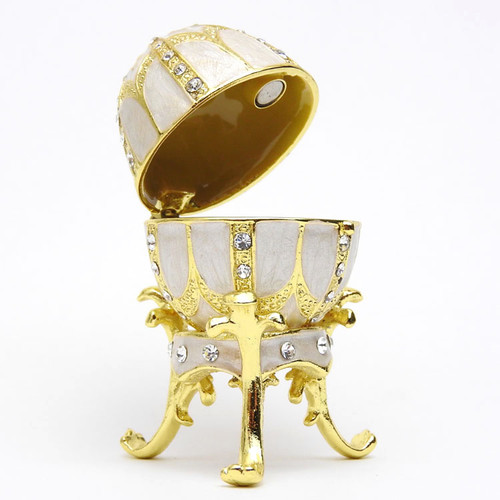"Mini Royal White Egg Box [2½""]"