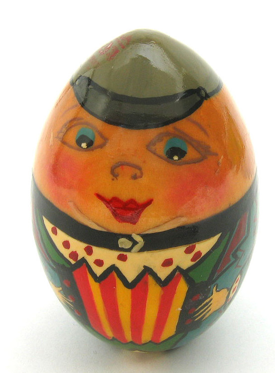Easter Egg Young Bayanist (Молодой баянист) front view