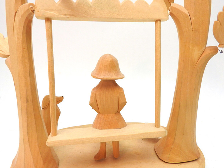 Girl on a Swing (Девушка на качелях) Bogorodsk ensemble carving