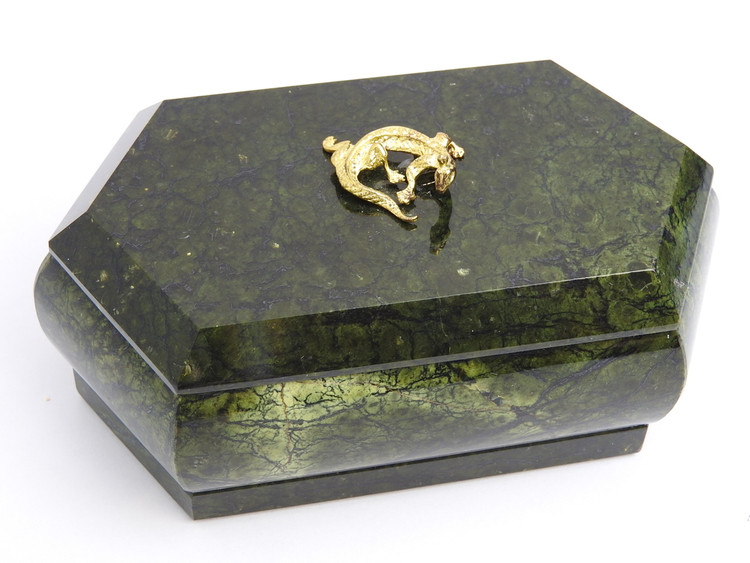 Malachite Queen Jewelry Box