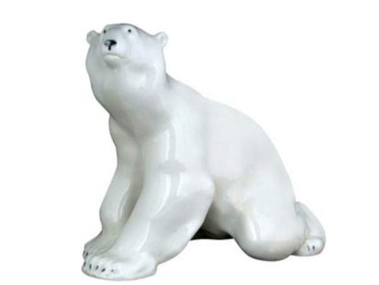 Polar Bear, sitting