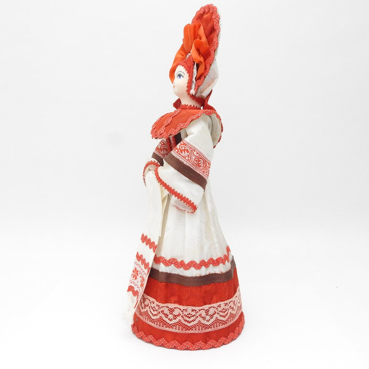 Russian Holiday Costume DollRussian Holiday Costume Doll