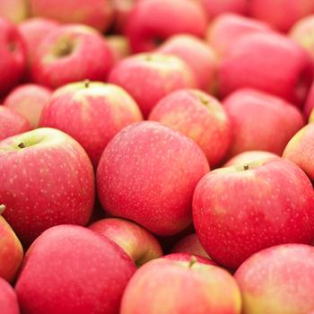 Pink Lady Apples per kg buy fresh fruit and vegetables online Malta