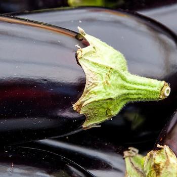 Eggplant per piece buy fresh fruit and vegetables online Malta