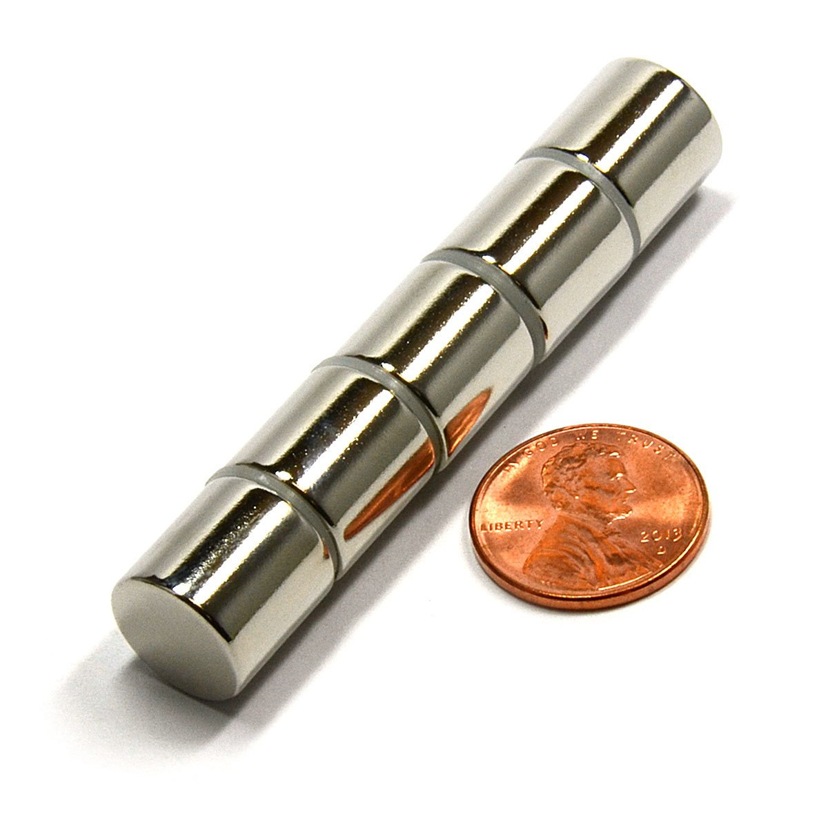 diametrically-magnetized-cylinder.jpg