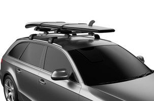 Thule SUP Taxi XT with board mounted