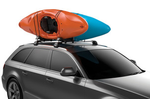 Thule Hull-A-Port XT with two kayaks
