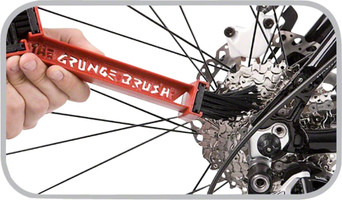 Finish Line Grunge Brush cassette cleaner