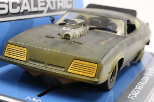C3983 Scalextric Ford Falcon XB Mad Max 2 Matte Black 1/32 Slot Car * DPR *