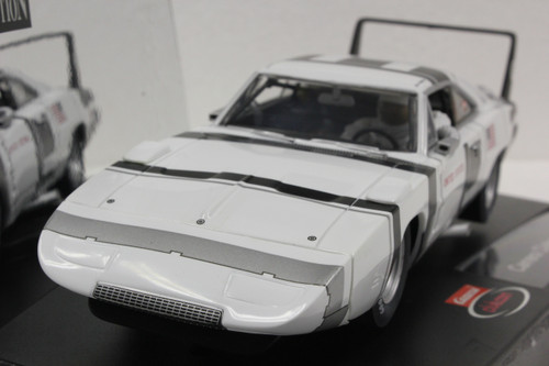 25790 Carrera Evolution '70 Dodge Daytona Charger NASA Club Car 1:32 Slot Car