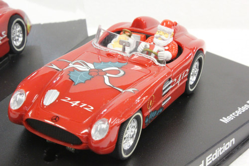 25483 Carrera Evolution Mercedes Benz 300 SLR Special Santa Edition 1:32 Slot Car