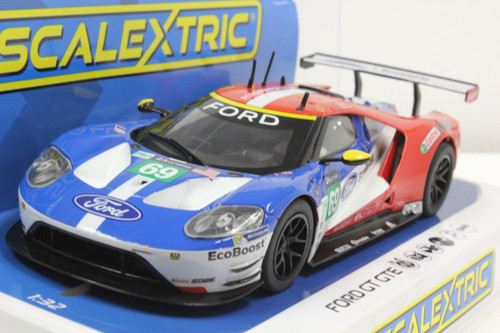C3858 Scalextric Ford GT GTE Le Mans 2017, #69 1:32 Slot Car DPR