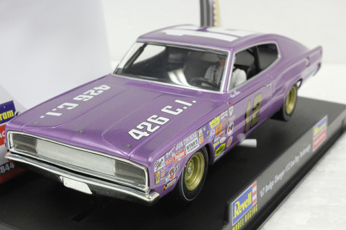 4844 Revell/Monogram 1967 Dodge Charger Lee Roy Yarbrough 1:32 Slot Car