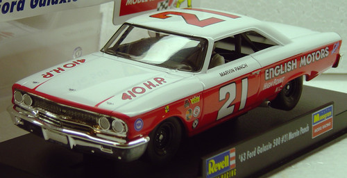 4891 Revell/Monogram  1963 Ford Galaxie Marvin Panch 1:32 Slot Car