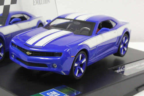 27462 Carrera Evolution Chevrolet Camaro Concept 1:32 Slot Car