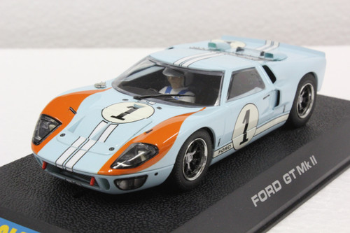 C2464 Scalextric Ford GT MKII Le Mans 1966 Gulf, #1 1:32 Slot Car