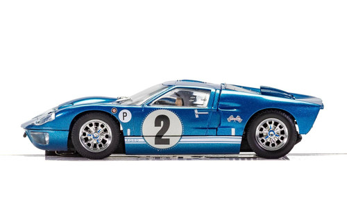 C3916 Scalextric Ford GT40 MKII - 12 Hour of Sebring 1967, #2 1:32 Slot Car