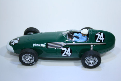 0935 Cartrix Vanwall F1 French GP 1956, Mike Hawthorn and Harry Schell, #24 1:32 Slot Car