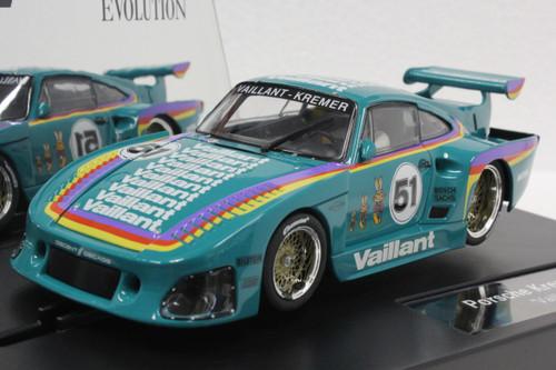 27612 Carrera Evolution Porsche Kremer 935 K3 Vaillant, #51 1:32 Slot Car