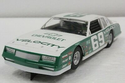 SEC3947 Carrera Digital 132 Chevy Monte Carlo 1986, #69 Green 1:32 Slot Ca