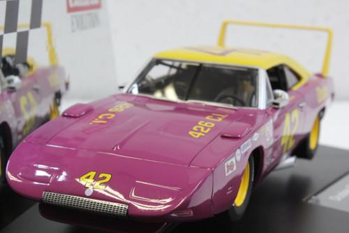 27638 Carrera Evolution Dodge Charger Daytona, #42 1:32 Slot Car