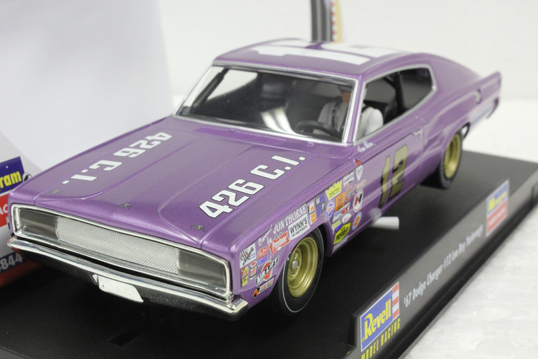 4844 Revell/Monogram 1967 Dodge Charger Lee Roy Yarbrough 1:32 Slot Car