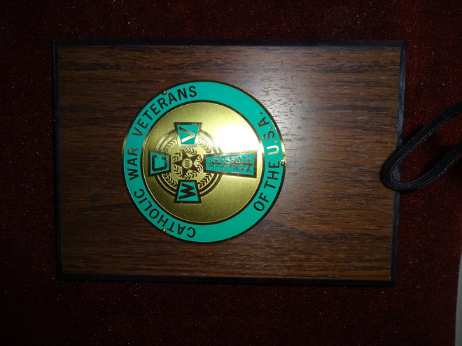 "Wooden Plaque with Celtic Cross Emblem  (5"" x 7"") & Engraving Plate"