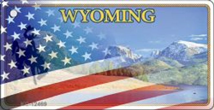 Wyoming with American Flag Novelty Metal Key Chain KC-12469