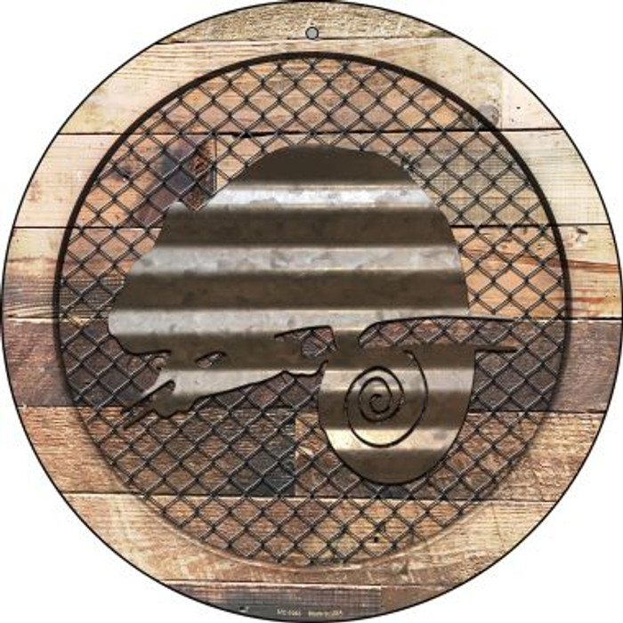 Corrugated Chameleon on Wood Novelty Small Metal Circular Sign UC-1043