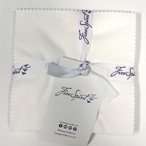 "Designer Essentials Arctic White 5"" Charm Pack by Free Spirit"