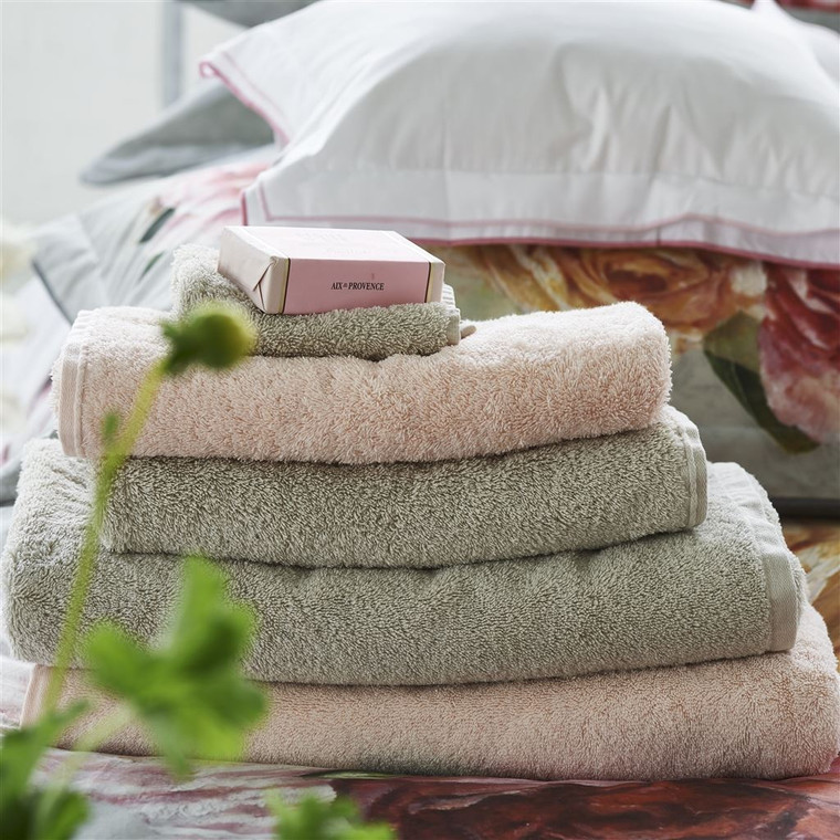 Loweswater Pale Rose Bath Sheet 165x100cm