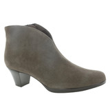 Munro Women's Robyn - Greige Suede - M611270 - Angle