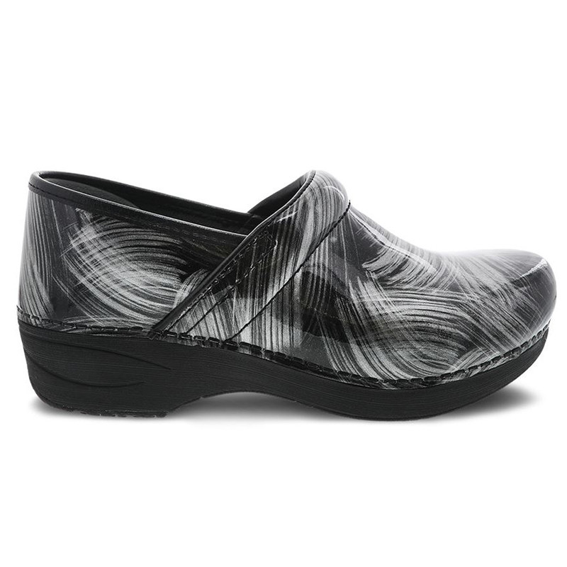 Dansko Women's XP 2.0 - Pewter Brush Patent - 3950-970202 - Profile