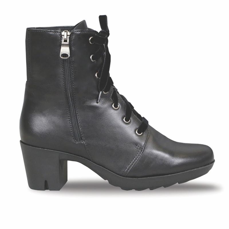 Munro Women's Brittie - Black Leather - M592681 - Profile